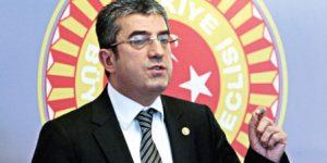 """CHP'nin Seçim Sloganı """"Varlık içinde, birlik içinde, özgür biçimde"""""""