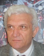 "Durup dururken ""ayran""! Bülent Esinoğlu"