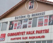 Erdoğan'ın Posterini Astı AKP'den İstifa Etti…
