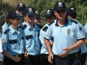 Seçimlerde polislere ücret ödenecek