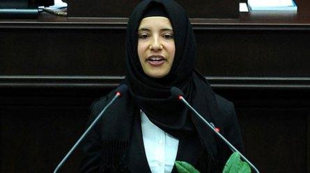Arınç. Kadın Millet Vekillerimiz Mecliste Başlarını Örtebilir