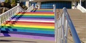 Maltepede merdivenler renklendi..