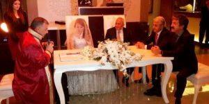 Abdaloğlu'nun Nikahında  30 Mart'ın İmzaları Atıldı