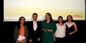 'Dünyaya Açılan Gençler için İngilizce Şart '