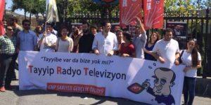 TRT'de CHP Ekmelettin İhsanoğlu İçin Protesto Yaptı