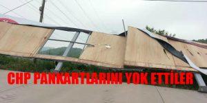 Büyükşehir Belediyesi CHP Pankartlarını Yırttı