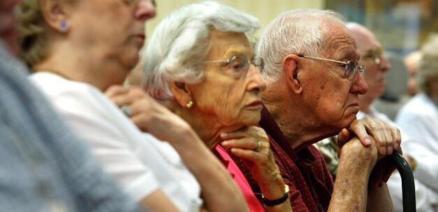 Emeklilikte yaşa takılanlar için CHP harekete geçti