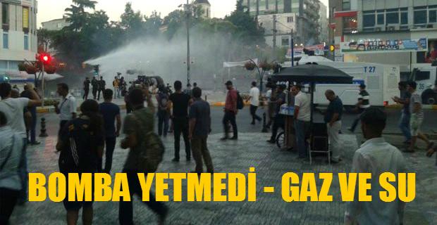 Suruç Protestosu. Kadıköy'de Gaz Var