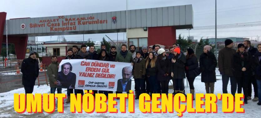 """CHP Sarıyer Gençlik Kolları """"Umut Nöbeti'ni"""" Devraldı"""