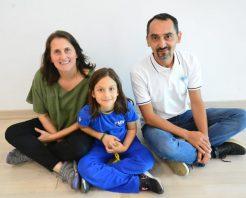 MİNİK UMAY SARMEK'LE HAYALİNE KAVUŞTU