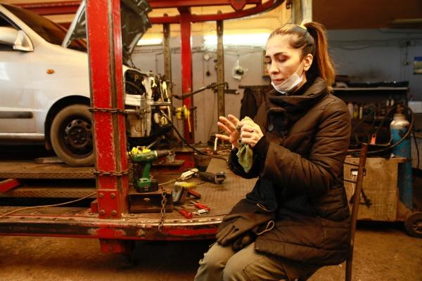 Oto sanayide tek bir kadın girişimci Nuray Ceylan