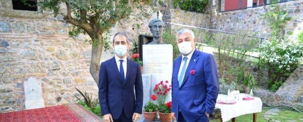 """""""ŞEHİR""""İN BÜYÜK ŞAİRİ KAVAFİS SARIYER'DE ANILDI"""